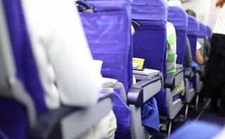 Cuáles son las superficies más sucias dentro de un avión