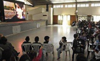 Lionel Messi: estrenaron su documental en escuela donde estudió