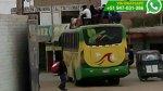 WhatsApp: personas se arriesgan así en carreteras del Perú - Noticias de accidente de bus