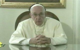 """Papa elogia a cubanos por su ánimo frente a las """"dificultades"""""""