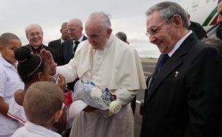 """Castro al recibir al Papa en Cuba: """"Su visita es trascendente"""""""