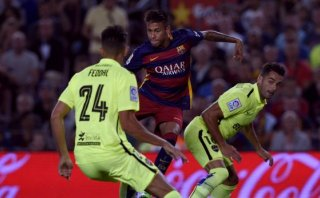 Neymar y un gol de doble 'huacha' para el Barcelona (VIDEO)