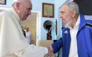 El Papa Francisco mantuvo histórico encuentro con Fidel Castro