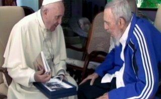 ¿Por qué el Papa le regaló a Fidel un libro de su ex profesor?