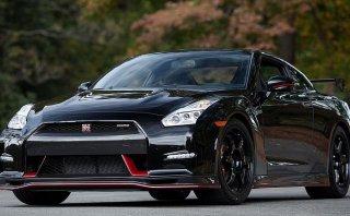 Roba un Nissan GT-R se inscribe a una carrera ¡y la gana!