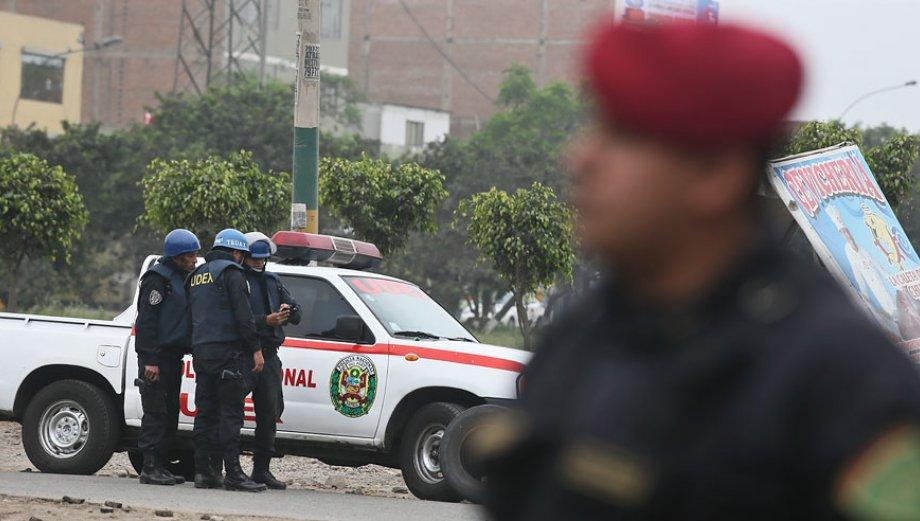 UDEX: así proceden los agentes ante un paquete sospechoso