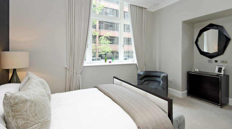 Las paredes con colores neutros le darán una sensación de paz a tu habitación. (Foto: Shutterstock)
