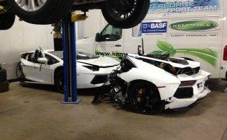 Un Lamborghini Aventador partido en dos a 125 mil dólares