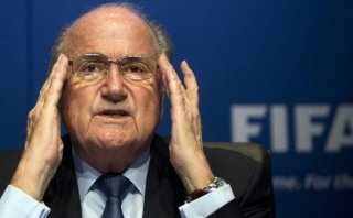 Coca Cola, McDonalds y Visa piden renuncia de Joseph Blatter
