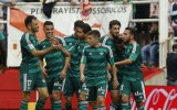 Sin Vargas, Real Betis ganó 2-0 al Rayo Vallecano por Liga BBVA