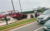 Costa Verde: llantas arriba quedó un carro tras violento choque