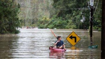 """""""Diluvio del siglo"""" deja 11 muertos en la Costa Este de EE.UU."""