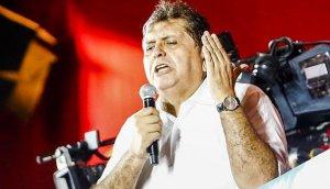 Alan García confirmó su precandidatura presidencial