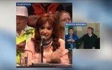 """Cristina """"puso rojo"""" a su hijo en una conferencia [VIDEO]"""