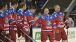 Vladimir Putin pasa su cumpleaños 63 jugando hockey sobre hielo - Noticias de en vivo