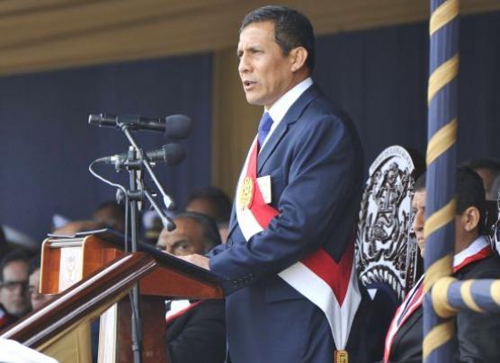 "Humala: ""Este gobierno ha respetado escrupulosamente a FF.AA."""