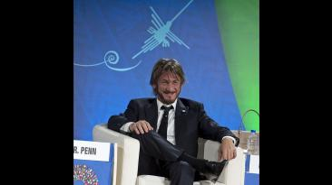 Sean Penn: así participó en la Junta de Gobernadores del BM-FMI