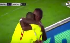 Narrador llora al comentar goles de Ecuador a Argentina [VIDEO]