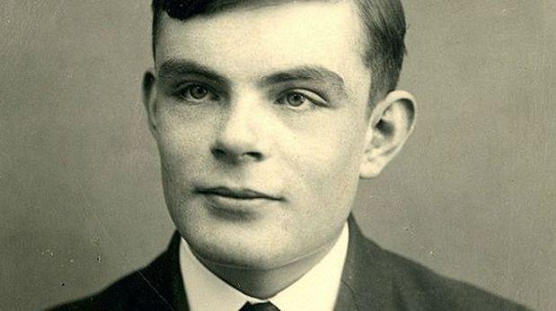 Joan Clarke ayudó a descifrar el código Enigma con el científico Alan Turing, considerado el padre de la computación moderna. (Foto: AFP)