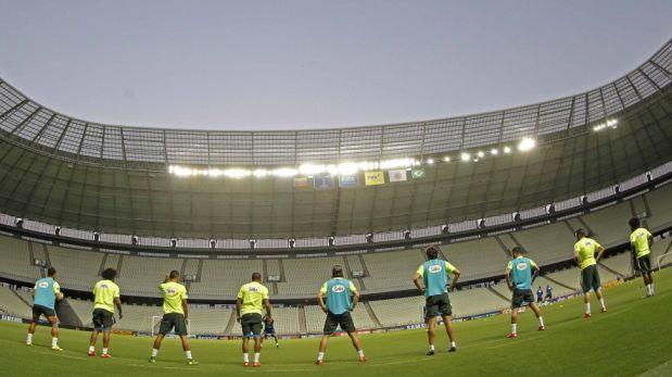 La selección de Brasil entrenó en el estadio Castelao de Fortaleza, escenario del duelo ante Venezuela. (Foto: CBF)