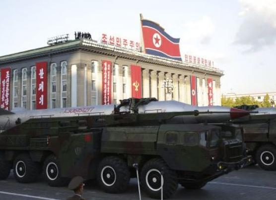 Corea del Norte muestra su misil capaz de alcanzar a EE.UU.