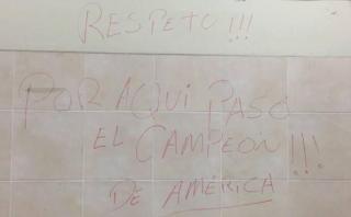 Chile dejó este mensaje en el camarín tras pifias a su himno
