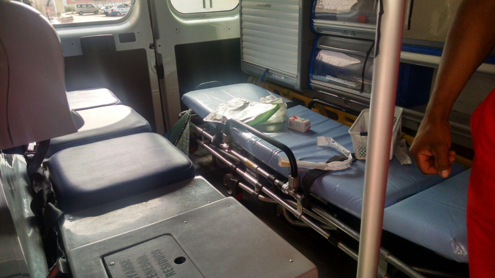Delincuentes se robaron un desfibrilador y otros implementos médicos valorizados en 35 mil dólares (WhatsApp / El Comercio)