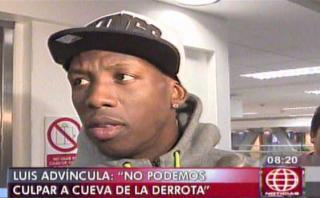 """Advíncula defendió a Cueva: """"No es el culpable de la derrota"""""""