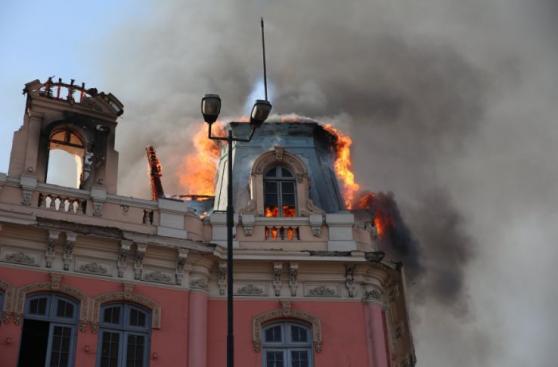 Plaza Dos de Mayo: un año de incendio que dañó casona histórica