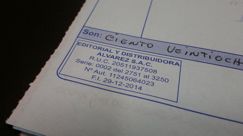 Verificar siempre la fecha de impresión del recibo por honorarios como de la factura comercial. (Foto: Marcela Saavedra)