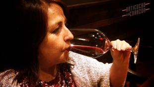 El vino y el anticucho con corazón: una buena armonía