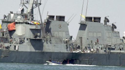 Las lanchas drones sirven para evitar ataques como el que sufrió el destructor estadouniodense USS Cole en el año 2000. (Foto: AP)