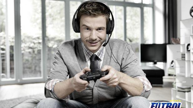 Es importante descansar de 5 a 10 minutos luego de cada hora de videojuego, recomiendan los especialistas. (Foto: Fútbol Latino Online)