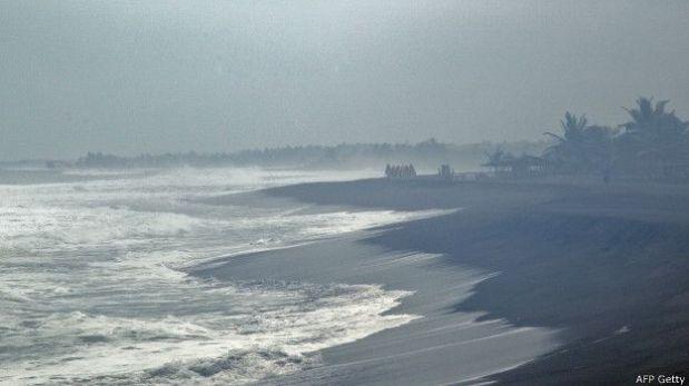 Los efectos del huracán Patricia ya se están haciendo sentir en la costa mexicana. (AFP/Getty)