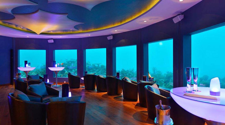 Foto maldivas tiene la primera discoteca bajo el agua for Maldivas hotel bajo el agua