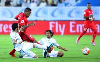 Jefferson Farfán dio este pase gol en empate de Al Jazira