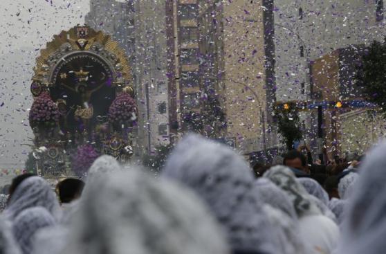 Señor de los Milagros: cuarta procesión desde adentro [FOTOS]