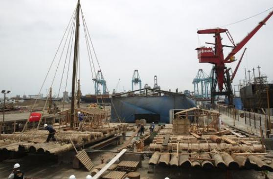 Kon Tiki II: hoy lanzan al mar las dos balsas de la expedición