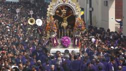 Señor de los Milagros se despidió en multitudinaria procesión