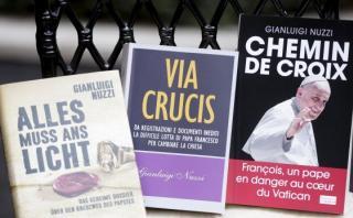 Los libros que denuncian el manejo de las finanzas del Vaticano