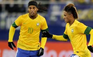 """Ronaldinho llenó de elogios a Neymar: """"Es un fenómeno"""""""