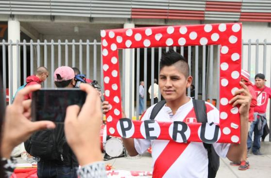 Perú vs. Paraguay: así viven la previa los hinchas nacionales