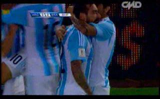 Lavezzi marcó este gol a Brasil tras gran jugada [VIDEO]