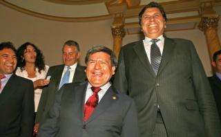 César Acuña con 10% y Alan García con 9% disputan tercer lugar