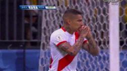 Perú vs. Brasil: Paolo Guerrero erró ocasión de gol [VIDEO]