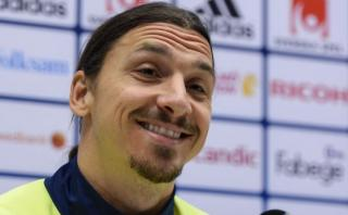 """Ibrahimovic: """"Es demasiado tarde"""" para jugar en la Premier"""