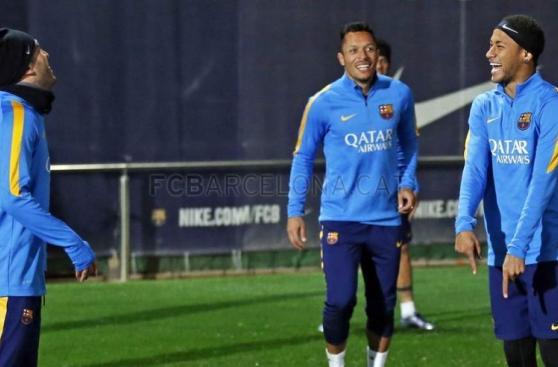 Barcelona entrenó con plantel completo para el clásico [FOTOS]