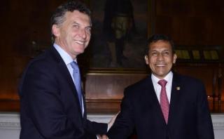Humala saluda a electo presidente argentino Mauricio Macri