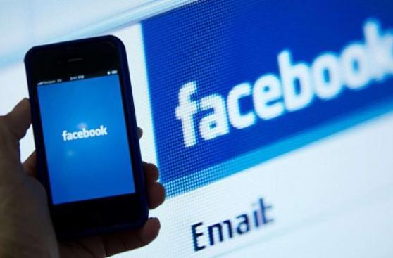 ¿Buscas trabajo? Usa LinkedIn y Facebook para conseguirlo