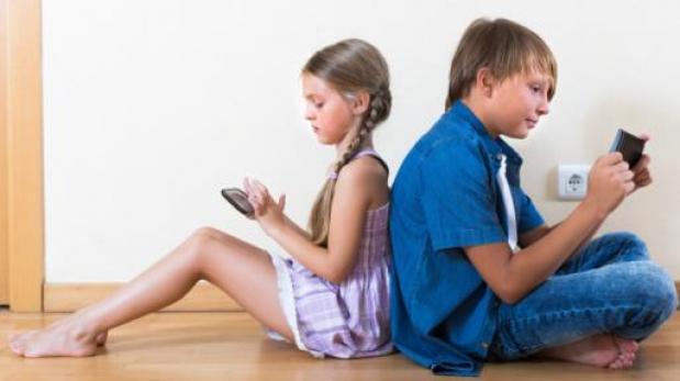 La tecnología ha cambiado el modo de vida familiar. (Foto: BBC)